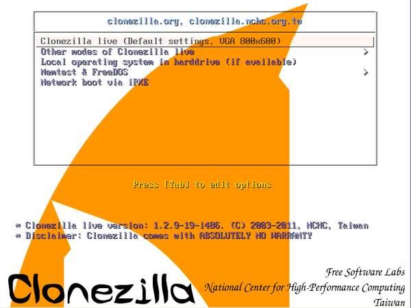 Стартовое окно программы Clonezilla