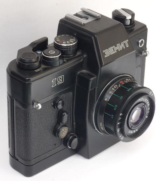 Нужен ли фотоаппарат как отдельное устройство?