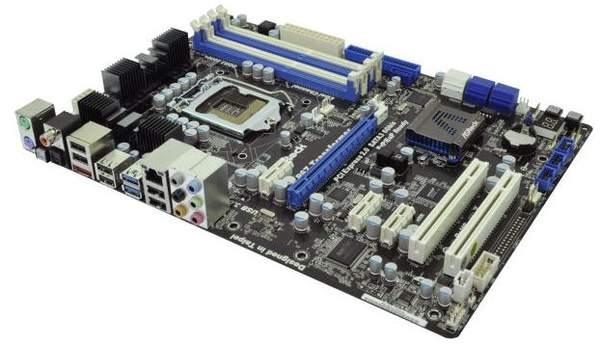 Материнская плата ASRock на основе P67 с поддержкой процессоров 1156