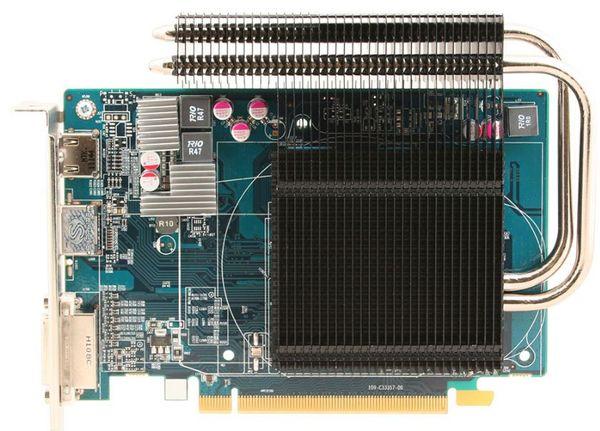 Видеокарта Sapphire HD 6670 Ultimate отличается от референса пассивной системой охлаждения