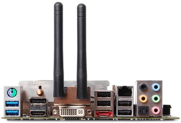 Порты материнской платы Zotac Fusion-ITX A
