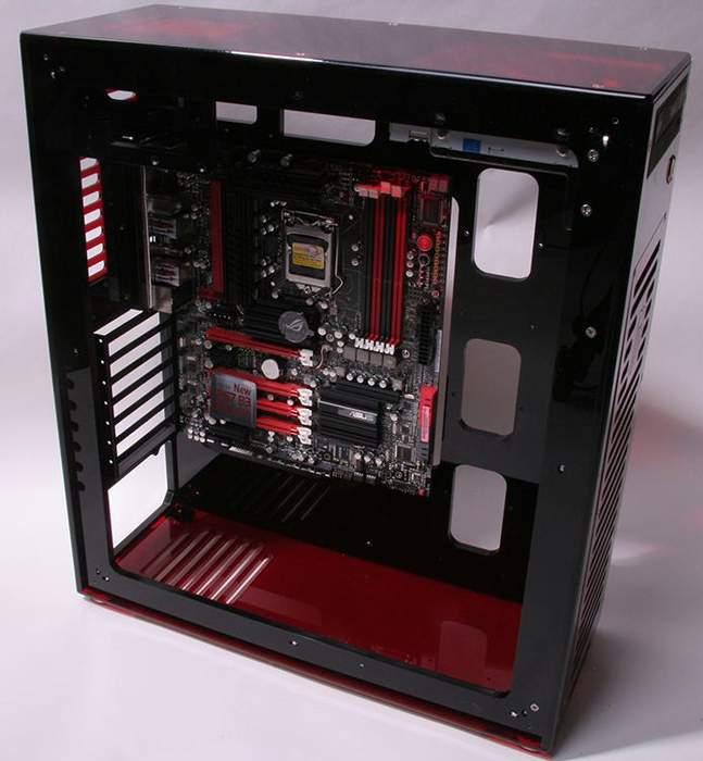 Компьютерный корпус DangerDen Q20