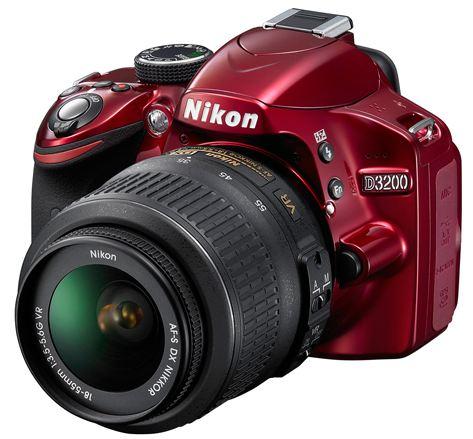 Зеркалка Nikon D3200
