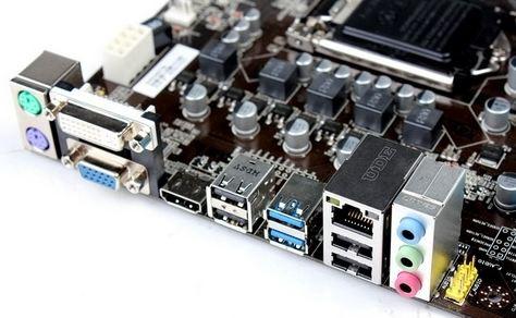 Порты ONDA Z77 Micro-ATX