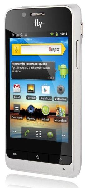 Андроид-смартфон Fly Whizz