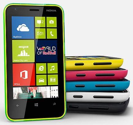 Nokia запустили продажи смартфона Lumia 620 в России