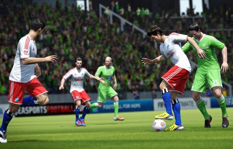 Футбольный симулятор FIFA 14 поступил в продажу