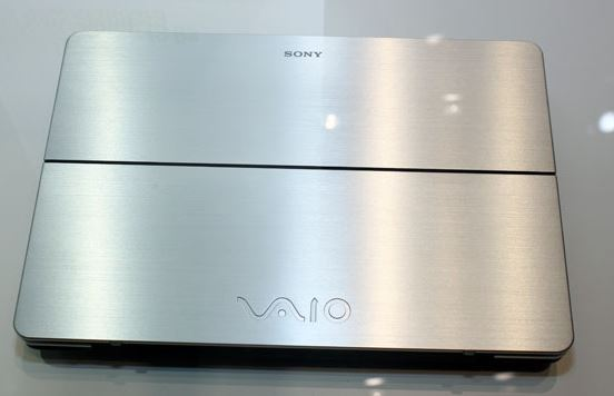 У последней модели ноутбука Vaio компании Sony признала проблемы с аккумулятором
