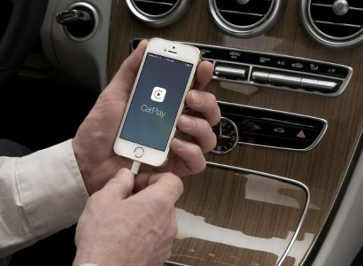 Сколько стоит ремонт айфона 5 и новая функция CarPlay для водителей со смартфонами Apple?