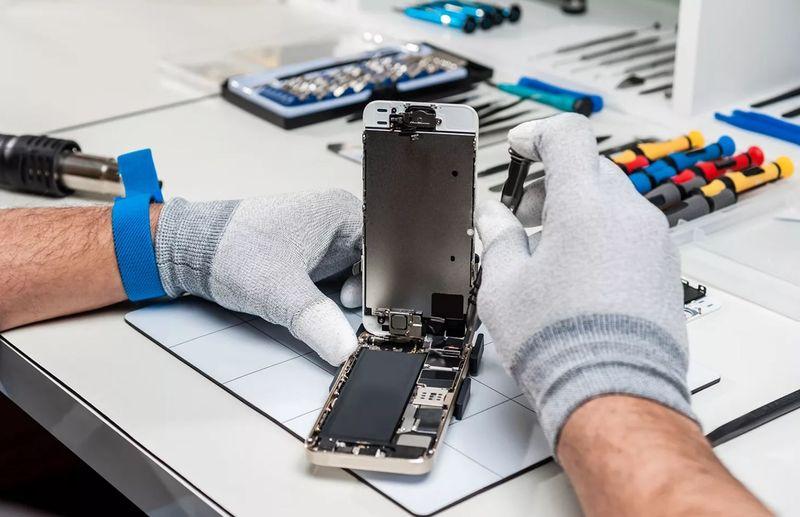 Что представляет собой бизнес по ремонту мобильных телефонов?