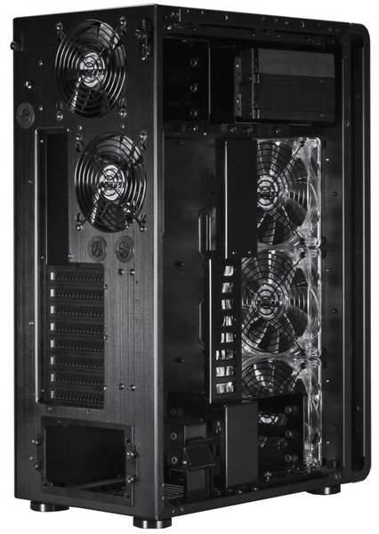 В корпусе Lian Li PC-X500FX преобладает беотверточная установка компонентов системы