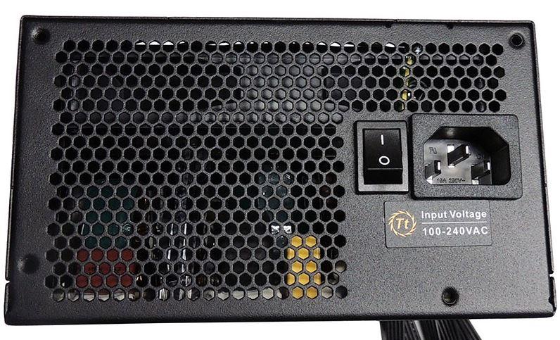 Блиц-обзор блока питания Thermaltake SMART 750 ватт