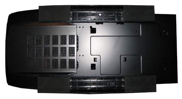 Нижняя сторона корпуса Graphite 600T