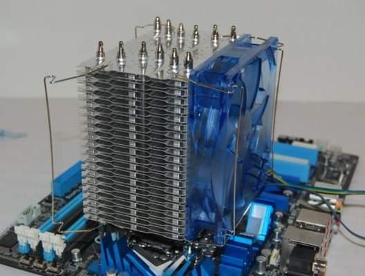 При установке вентилятора Alaska возникнут проблемы в случае, если у Вас модули памяти с высокими радиаторами