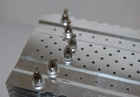 Тепловые трубки Alaska пронизывают пластины на разном расстоянии от центра кулера