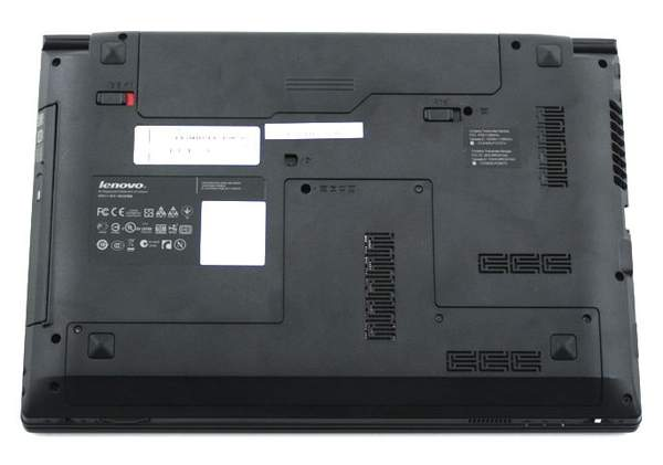 Нижняя поверхность ноутбука Lenovo B470