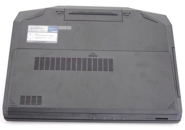 Нижняя сторона ноутбука Asus G53SW