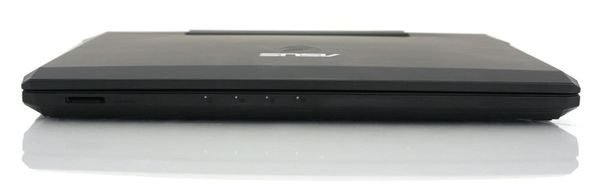 Передняя сторона ноутбука Asus G53SW