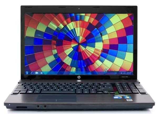 Внутрення поверхность HP ProBook 4520 также имеет металлические вставки