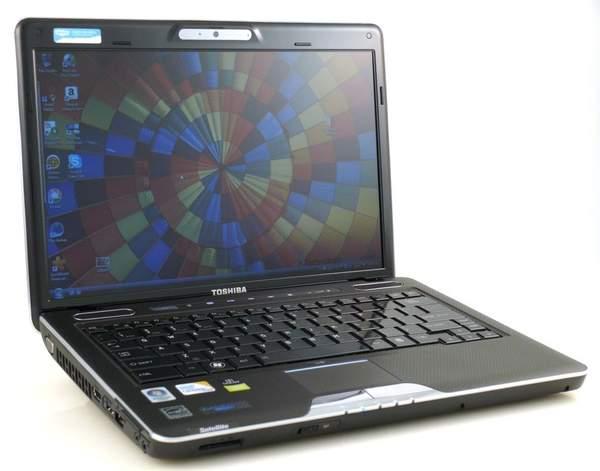 Ноутбук Toshiba Satellite U505