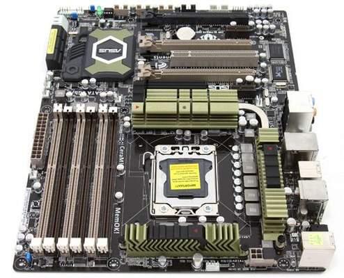 На плате Asus TUF Sabertooth X58 присутствует 8-пин. разъем питания CPU