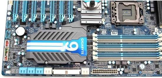 Суммарный объем памяти, поддерживаемый материнской платой GA-X58A-UD9 составляет 24 Гб