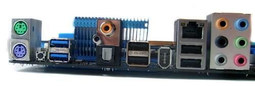 Задная панель ввода - вывода Asus P6X58D-E