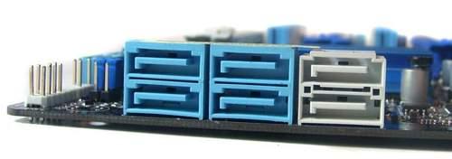 На материнской плате Asus P6X58D-E присутствуют два порта SATA 6 Гбит/с