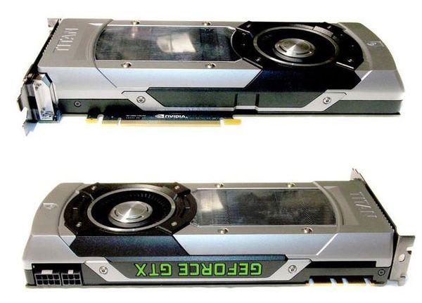 Верхняя и нижняя стороны видеокарты NVIDIA GeForce GTX Titan