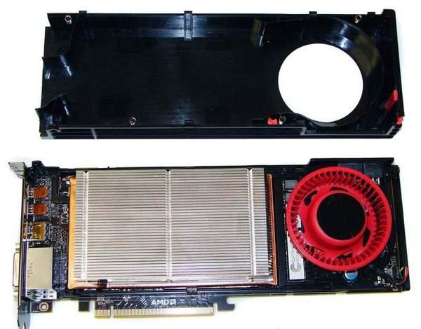 В основе кулера Sapphire HD 6970 лежит Vapor Chamber