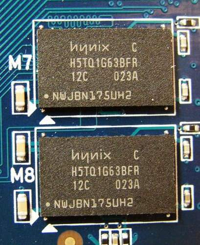 На Asus ENGT430 установлена память GDDR3 производства Hynix