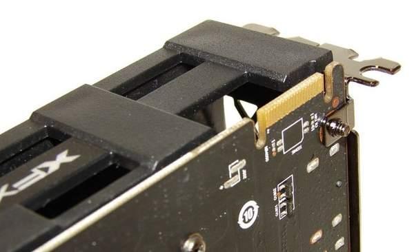 Интерфейс Crossfire на видеокарте XFX HD 6850