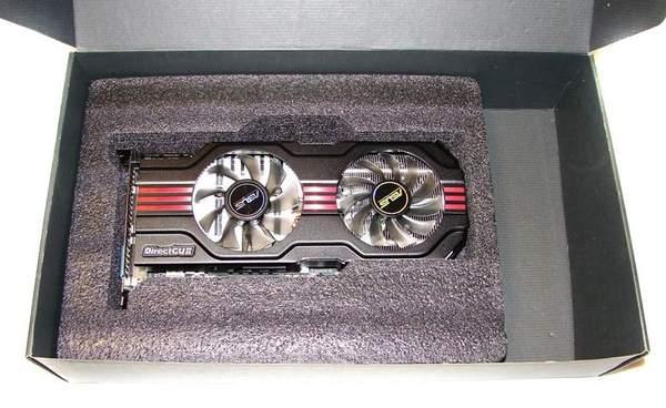 Видеокарта Asus GTX 560 Ti DirectCUII TOP помещена во вспененный полиэтилен