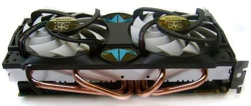 Тепловые трубки расположены под вентиляторами