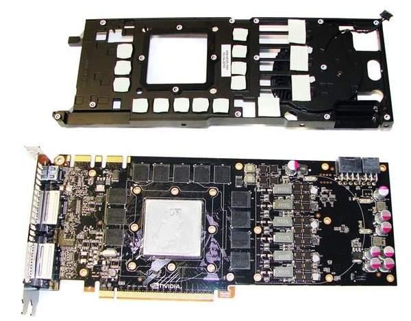GTX 580  с демонтированной системой охлаждения