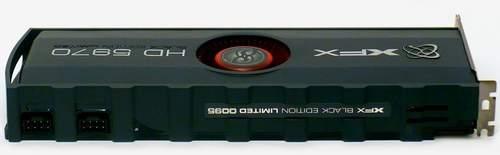 На XFX HD 5970 сделаны два 8-pin коннектора для подвода дополнительного питания