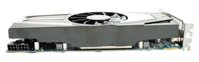 Верхняя часть видеокарты Sapphire HD 6850 Vapor-X Edition